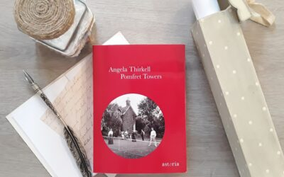 """""""Pomfret Towers"""" di Angela Thirkell"""